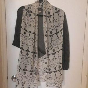 2/$40 Black/white patterned open kimono